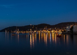 Vis at night